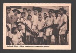 Celebes - Les Gamins Ont Pris Un Voleur De Poules - Missions De Scheut - Indonesia