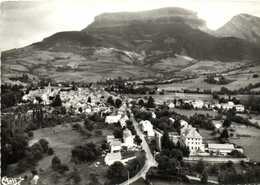 CPSM Grand Format  MENS  (Isère) Vue Generale Aérienne Et Le Chatel (1937m) RV - Mens