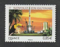 """TIMBRE -  2010  - Espace , Décollage De La Fusée Russe Soyouz  -  N° 4458  -    """"décollage""""       Neuf Sans Charnière - Ongebruikt"""