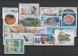 TAAF Année Complète 2005 Sans Carnet Voyage 404 à 417 Et 429 à 434 ** MNH - Komplette Jahrgänge