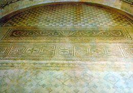 1 AK Frankreich * Mosaik Auf Dem Boden Der Antiken Basilika Von Grand - 3. Jahrhundert * - Frankreich