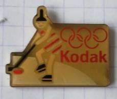 Pin's - KODAK - Jeux Olympiques D'Hiver- Hockey Sur Glace - Fotografie