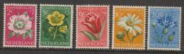 Nederland 1952  NVPH Nr. 583-587   MH  Zomerzegels     Flouwers - Nuevos