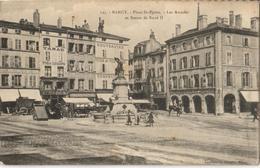 54 - NANCY - PLACE ST-EPVRE - LES ARCADES ET STATUE DE RENÉ II - Nancy
