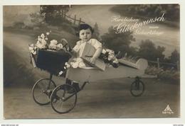 AK  Geburtstag Junge Flugzeug Modell - Anniversaire