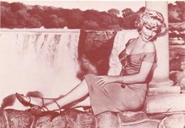 PK - Vedette Film - Artieste Star - Marilyn Monroe In Niagara - Repro Kaart - - Artistes