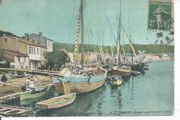 38 - St-MANDRIER - BARQUES DE PECHE DANS LE PORT  ( Animées ) - Saint-Mandrier-sur-Mer