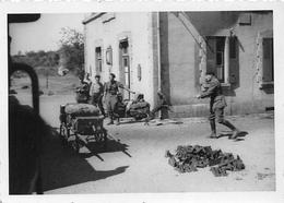 BOSMOREAU-les-MINES  -  Cliché De L'Embarquement De Militaires à La Gare En 1940  - Chemin De Fer -  Voir Description - France