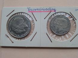 Setje Van 1 En 2 1/2 Gulden Naar Aanleiding Van De TROON WISSEL 1980 ( Zie / Voir Photos > For Grade, Please See Photo ) - 1980-… : Beatrix