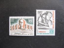 Cote D'Ivoire: TB Paire  N° 333 Et N° 334, Neufs XX. - Ivory Coast (1960-...)
