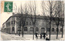 95 ARGENTEUIL - Ecole Des Garçons, Place Carnot - Argenteuil