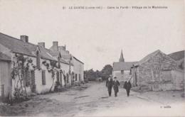 By - Cpa LE GAVRE - Dans La Forêt - Village De La Madeleine - Le Gavre