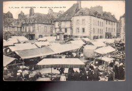 REF 474 :  CPA 29 LESNEVEN Marché Sur La Place - Lesneven