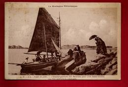 CPA Animée 22 Penvénan Port Blanc L'embarquement Des Pèlerins Pour L'île Saint Gildas - Ed Waron A.W. 814 - Penvénan