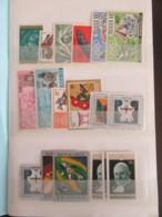 Petit Prix ! Carnet De Timbres Rwanda, Mongolie, Pakistan, Etc ... - Oblitérés - Très Bon état - Collections (with Albums)
