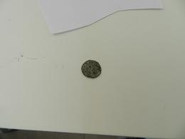 Monnaie Ancienne Ou Jeton   A Identifier - Monedas & Billetes