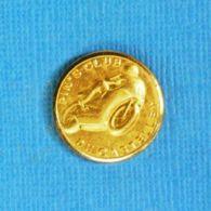 1 PIN'S //  ** PIN'S CLUB DU CASTELLET ** - Associazioni