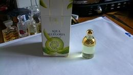 Miniature De Parfum  Guerlain Avec Boite Tutii Kiwi - Miniatures Modernes (à Partir De 1961)