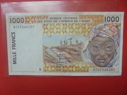 AFRIQUE De L'OUEST 1000 FRANCS 2002 CIRCULER - Estados De Africa Occidental