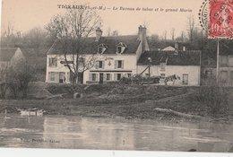 TIGEAUX (S.-et-M). Le Bureau De Tabac Et Le Grand Morin. Attelage: Transport De Troncs D'arbres - Autres Communes