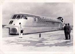 L'Aérotrain Interurbain 'Orleans' I-80  -   15x10cms PHOTO - Trenes