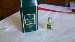 Miniature De Parfum  Guerlain Avec Boite Vetiver - Miniatures Modernes (à Partir De 1961)