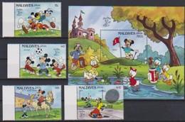 "2588  Rep Maldives  Walt Disney  ("" Stamp World London 1990 "") 1990 . - Disney"