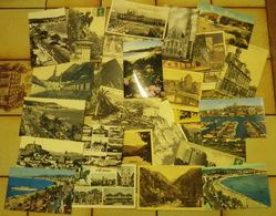 Lot De 570 Cartes Postales Avec Des Etrangeres - Cartes Postales