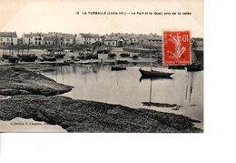 LA TURBALLE Le Port Et Le Quai Pris De La Jetée - La Turballe