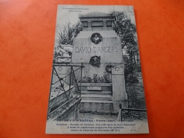 Tombeaux Historique Père Lachaise David D'Angers - France