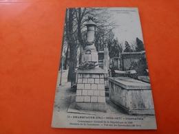 Tombeaux Historiques Père Lachaise Delescluze - Francia