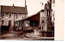 CPSM BOURG-LASTIC - MONUMENT AUX MORTS - ECOLE DE GARCONS - Autres Communes