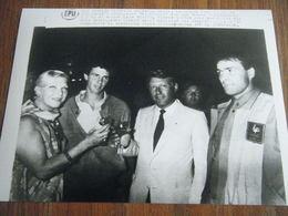 Photo De Presse LINE RENAUD/PIERRE QUINON GLOD MEDALLIST JO LOS ANGELES 1984 - Sports
