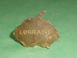 Fèves / Pays / Région : Piece De Puzzle , Lorraine , OR  T138 - Région