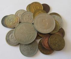 Allemagne / Deutschland - Petit Vrac De Monnaies Modernes Dont 2 Pièces De 5 Mark - Coins & Banknotes