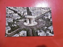 D 75 - En Avion Sur Paris - La Place Et L'arc De Triomphe De L'étoile. à Droite - L'avenue Des Champs Elysées - Arc De Triomphe