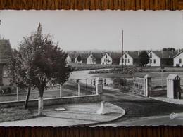60 - COMPIÈGNE - Le Camp Du Royal Lieu. (CPSM) - Compiegne