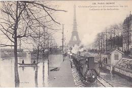 VIL- PARIS  INONDE  LE CHEMIN DE FER DES INVALIDES   CPA CIRCULEE - Alluvioni Del 1910