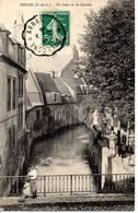 62 -HESDIN - Un Coin De La Canche - Hesdin