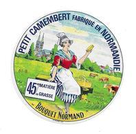 ETIQUETTE De FROMAGE..Petit CAMEMBERT Fabriqué En NORMANDIE (Orne 61-B)..Bouquet Normand - Cheese
