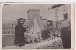 13 / MARSEILLE / TRES JOLIE CARTE PHOTO / DEJEUNER A LA SORTIE DU PORT - Weltausstellung Elektrizität 1908 U.a.