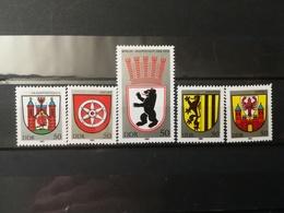 FRANCOBOLLI STAMPS GERMANIA DEUTSCHE DDR 1983 MNH** NUOVI SERIE COMPLETA COMPLETE CITY ARMS STEMMI GERMANY - [6] Repubblica Democratica