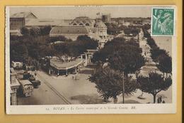 C.P.A. ROYAN - Centre Municipal - Royan