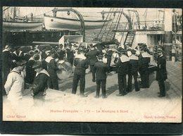 CPA - Marine Française - La Musique à Bord, Très Animé - Guerra
