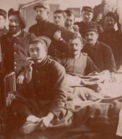 Agen 1914 Guerre 1914-1918 Hopital Militaire - Photo Apposée Sur Carton - Temporaire - N°9 - Harmonica 2 Hommes Dansent - War, Military