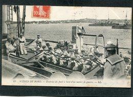 CPA - SCENES DE BORD - Exercice Du Fusil à Bord D'un Navire De Guerre, Très Animé - Krieg