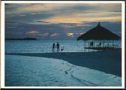 °°° 19471 - MALDIVES - ATOLL VADOO - 1987 With Stamps °°° - Maldives
