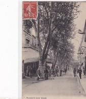 13 / SALON / AVENUE CARNOT ET CAFE DE LYON / LACOUR 3601 - Salon De Provence
