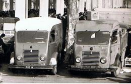 """Le Marché Couvert De Bourg-en-Bresse / Renault """" Goélette """"/ Ed. CIM - Camions & Poids Lourds"""