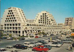 France - La Grande-Motte - Avenue Du Casino - Cars - VW 1500 - Peugot - Renault - Citröen - Simca - Austin - Mauguio